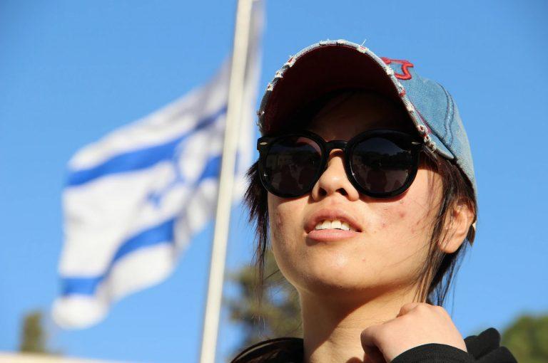 Mujeres judías de Kaifeng llegando a Israel en febrero del 2016. © Laura Ben-David / Shavei Israel